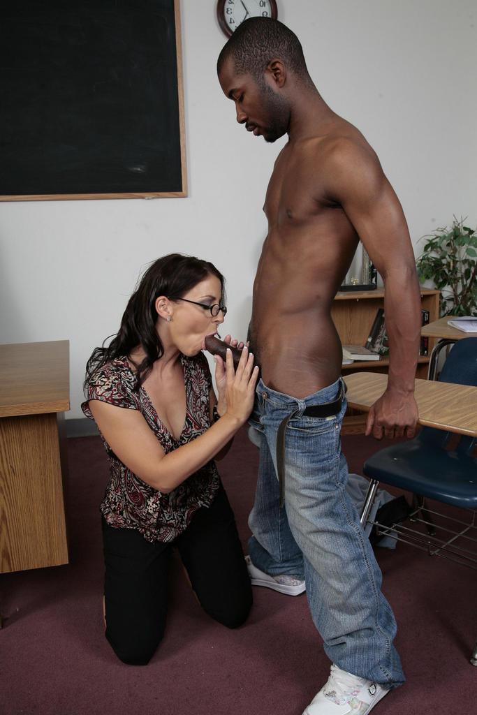 секс с черной студенткой этого времени
